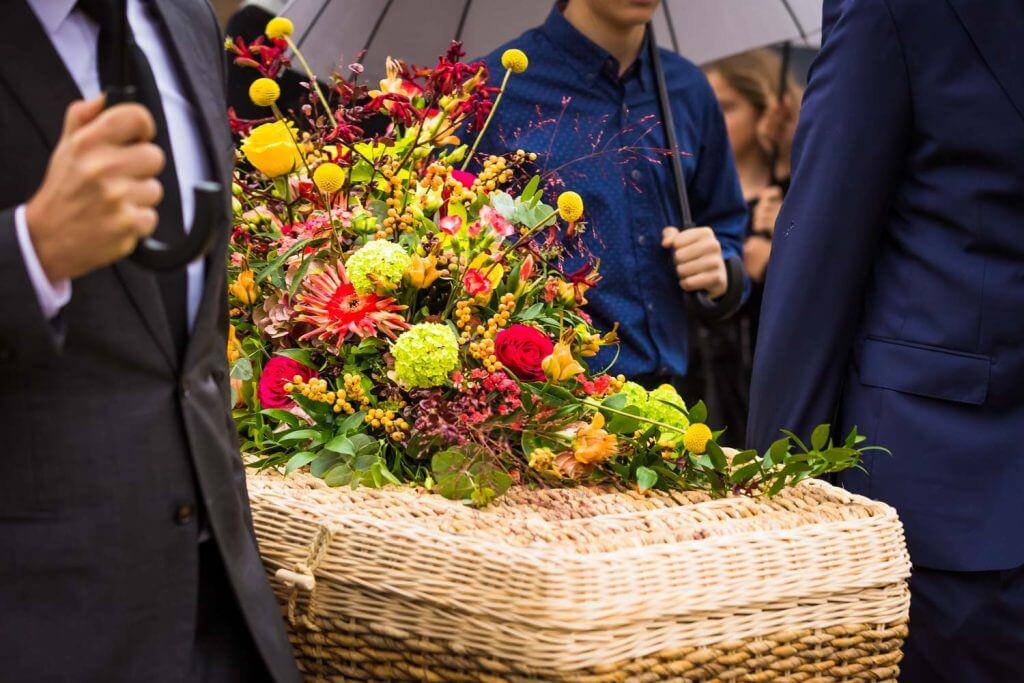 Anouk Raaphorst fotografie, Begraafplaats St. Petrus Banden, Begrafenis, Den Haag, Documentaire Rouwfotografie, I Shoot Memories, Portretfotografie, Rouwceremonie, Rouwfotografie, Uitvaartfotograaf, uitvaartfotografie